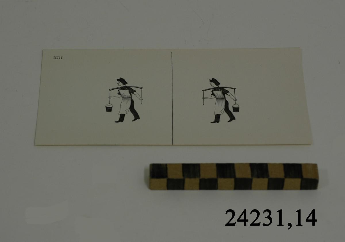 Rektangulärt vitt pappersark, numrerat XIII i övre vänstra hörnet. På arket syns två stycken olika bilder i svartvitt, en för vardera öga. Till vänster: En man, bärande ett ok med endast en hink, den vänstra. Till höger: Samma man som bär ett ok, även här endast en hink, den högra.