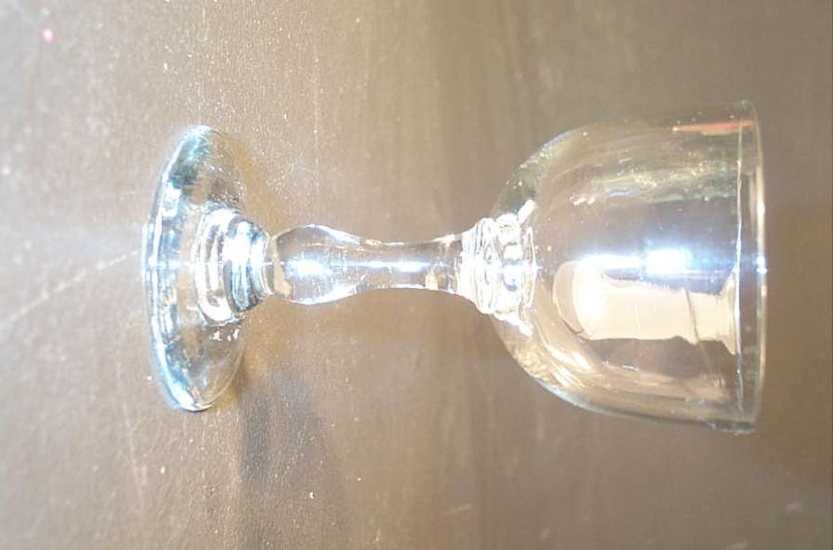 Form: Stetteglas