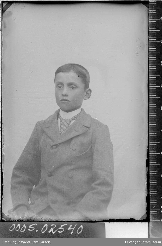 Portrett av fotografens sønn.