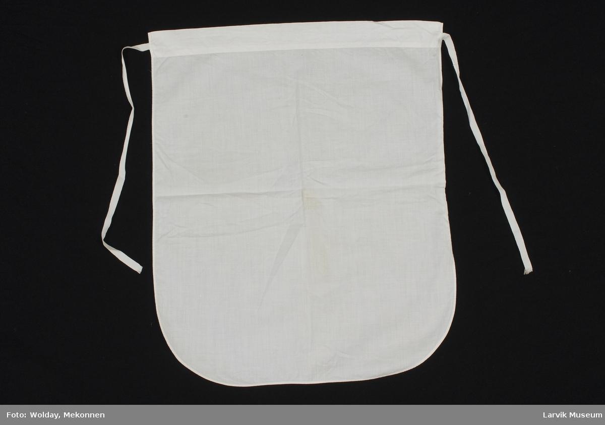 Form: hvitt bomulls livforkle/avrundede nederhjørner,