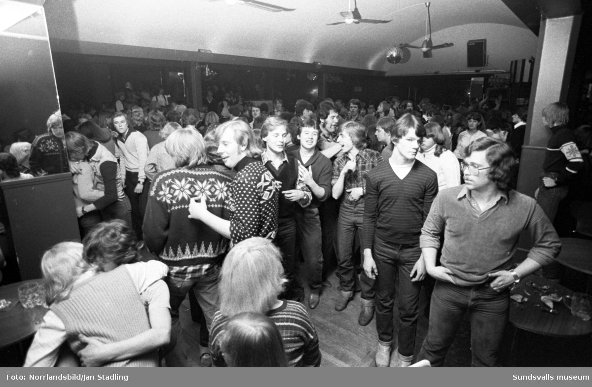 Privé, Wivex och Marina, discotek i Sundsvall, fotograferat för Veckorevyn.