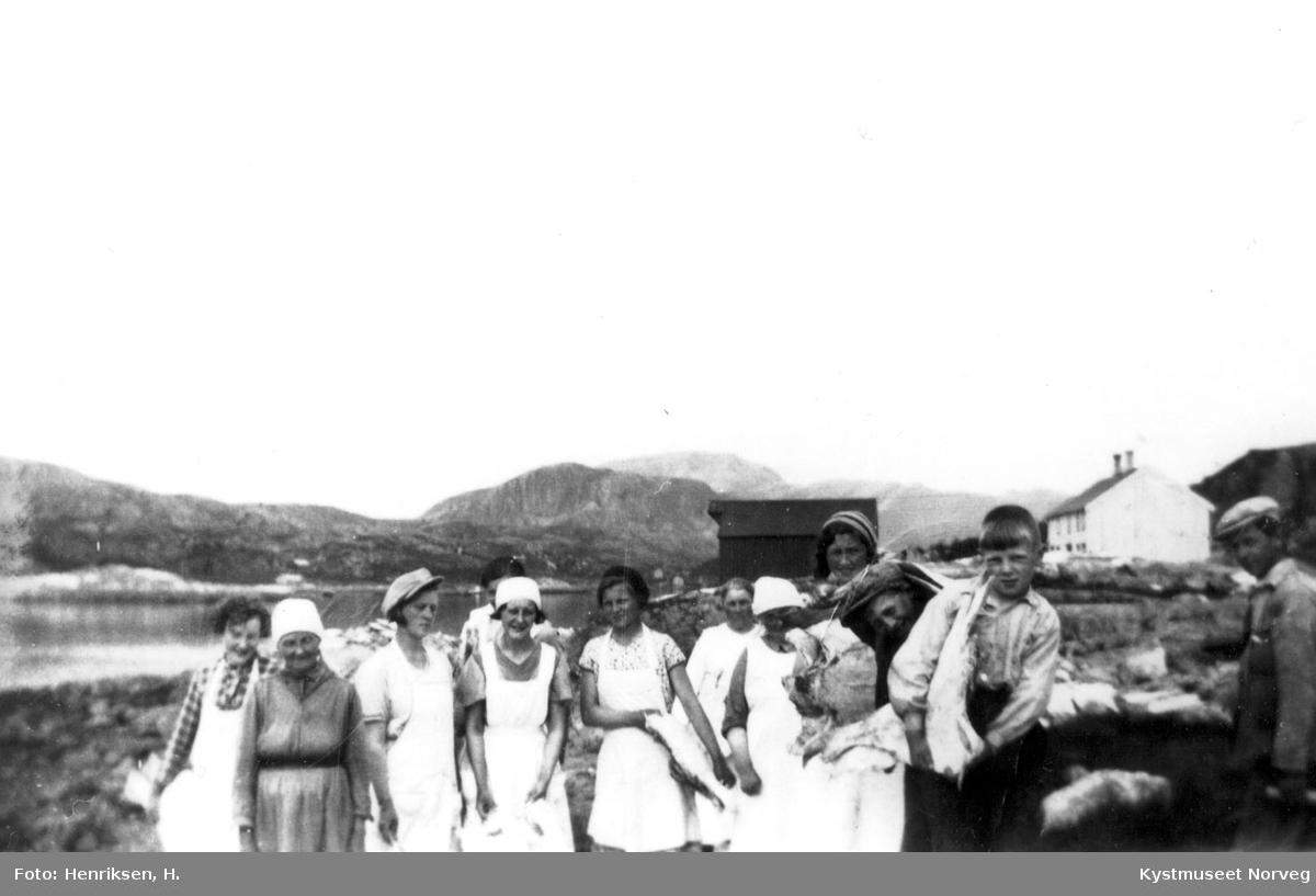Leka, fiskearbeid i Gutvik