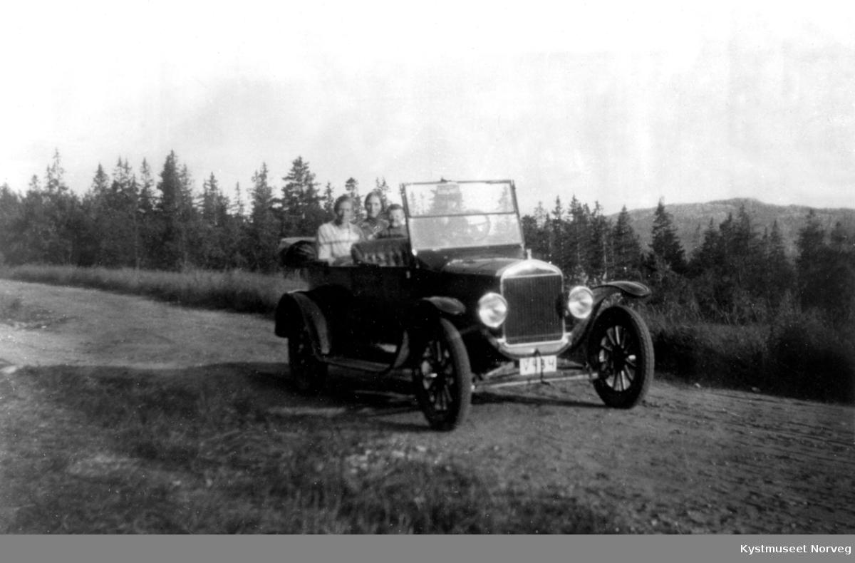 Leif Liviks første bil