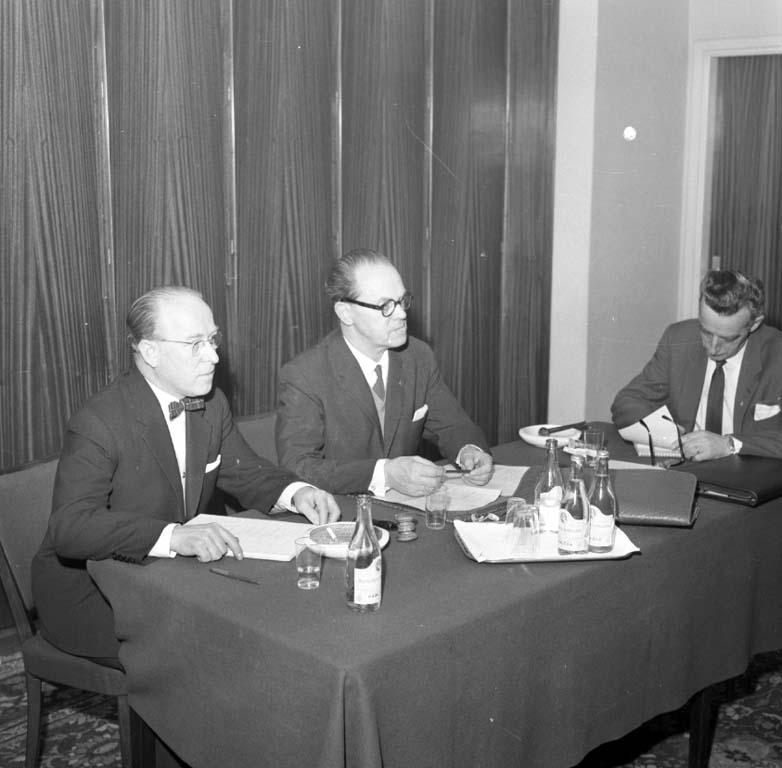 """Enligt notering: """"Arbetsledareförbundet 7/2 1960""""."""