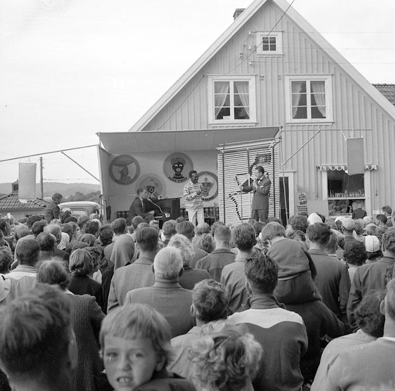 "Enligt notering: ""Konsumcabare Skeppsviken Juli -60""."