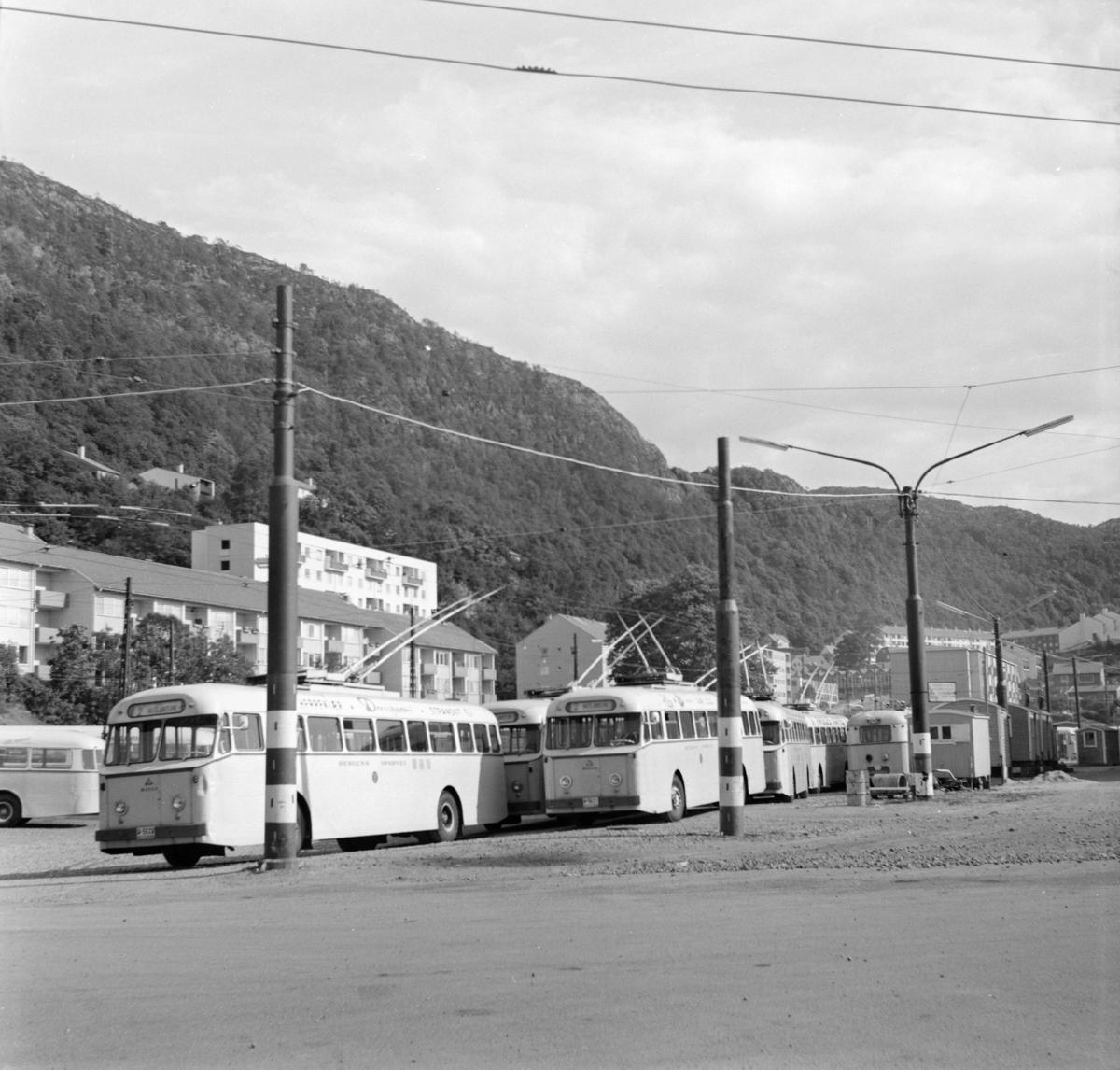 Trolleybysser type Munch i Bergen