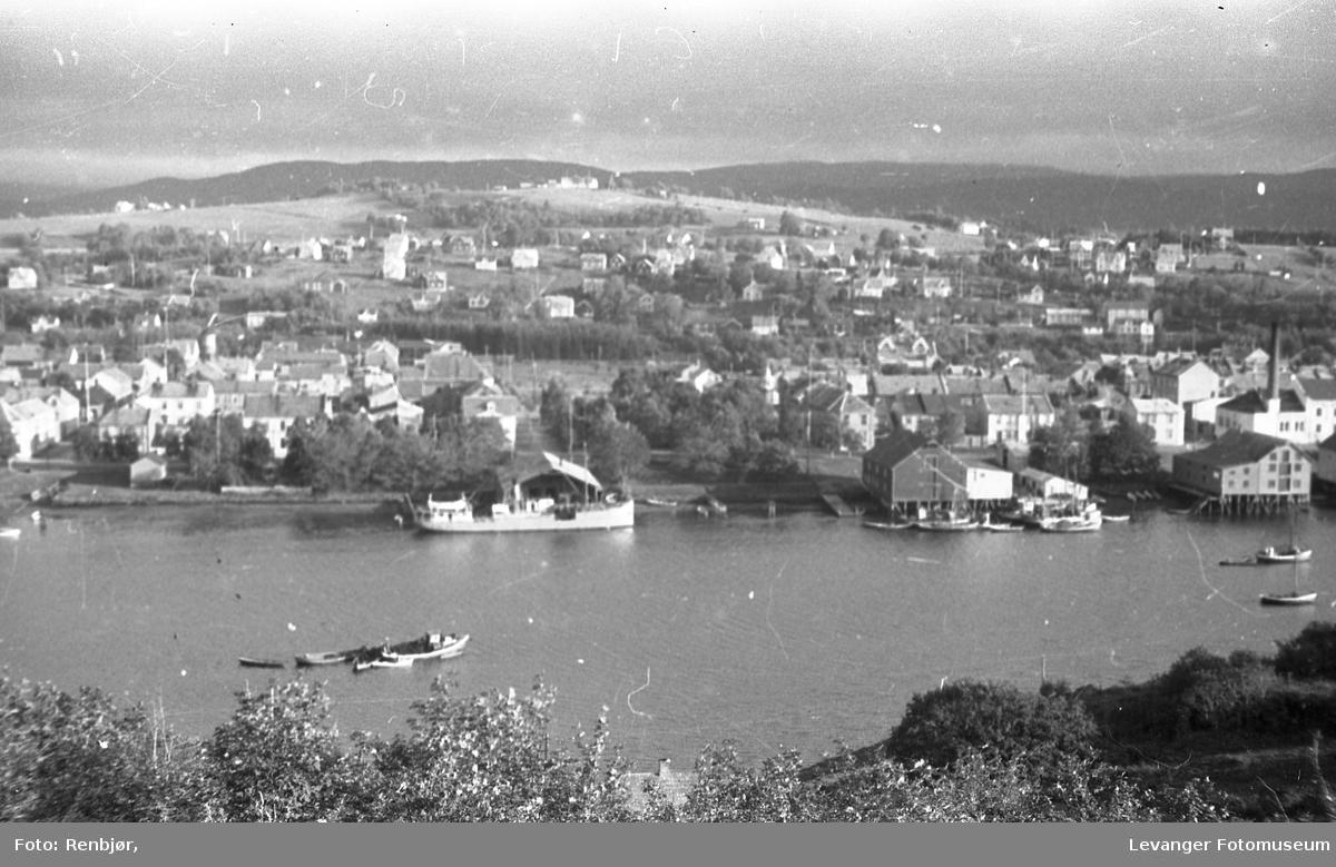Levanger sentrum og litt fra Nesset. Midtbyen og omlandet.