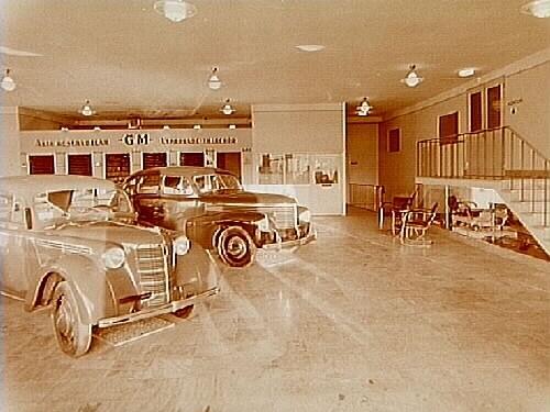 Interiör av bilutställningen av Opelbilar.AB Folke Ramer