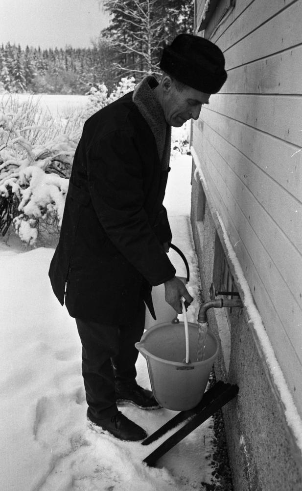 Folk utan vatten i Avdala 29 december 1966
