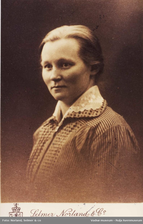 Kolanordmenn. Lisette Knudsen ca 1910