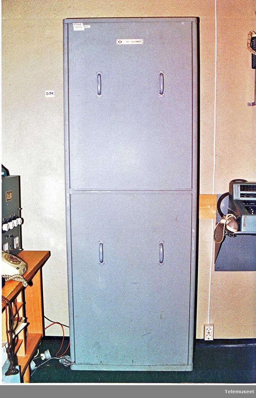 TN 5/25 25121/10/16 25 lokal nummer 5 bylinjer 1 sentralbord Tilkoplet 2 stk bordtelefon EB, 1967 mod