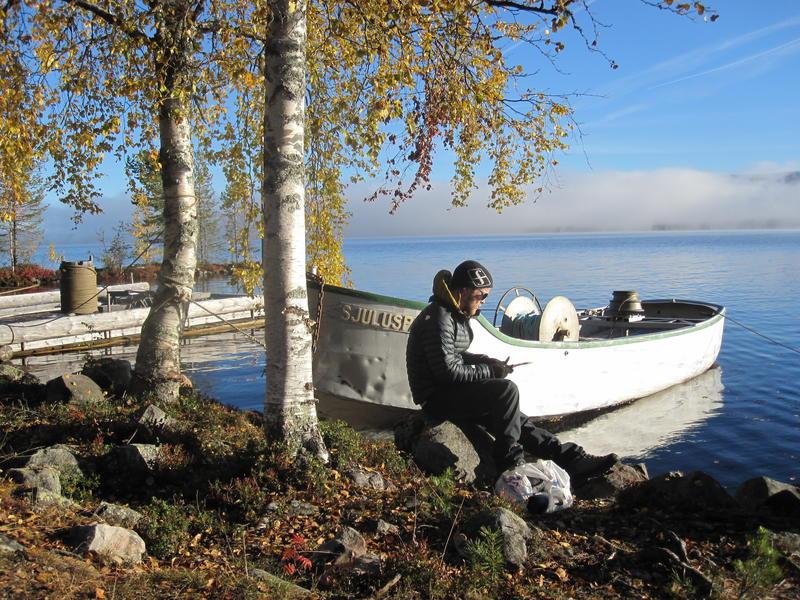 Spillflåte og varpebåt ved Osensjøen, Sørlistøa Fløtermuseum (Foto/Photo)