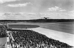Invigningen av Bromma flygfält i juni 1936.