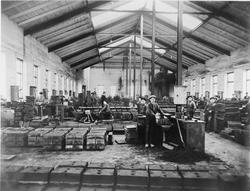 Interiör av gjuteriet vid Tunafors fabriker.