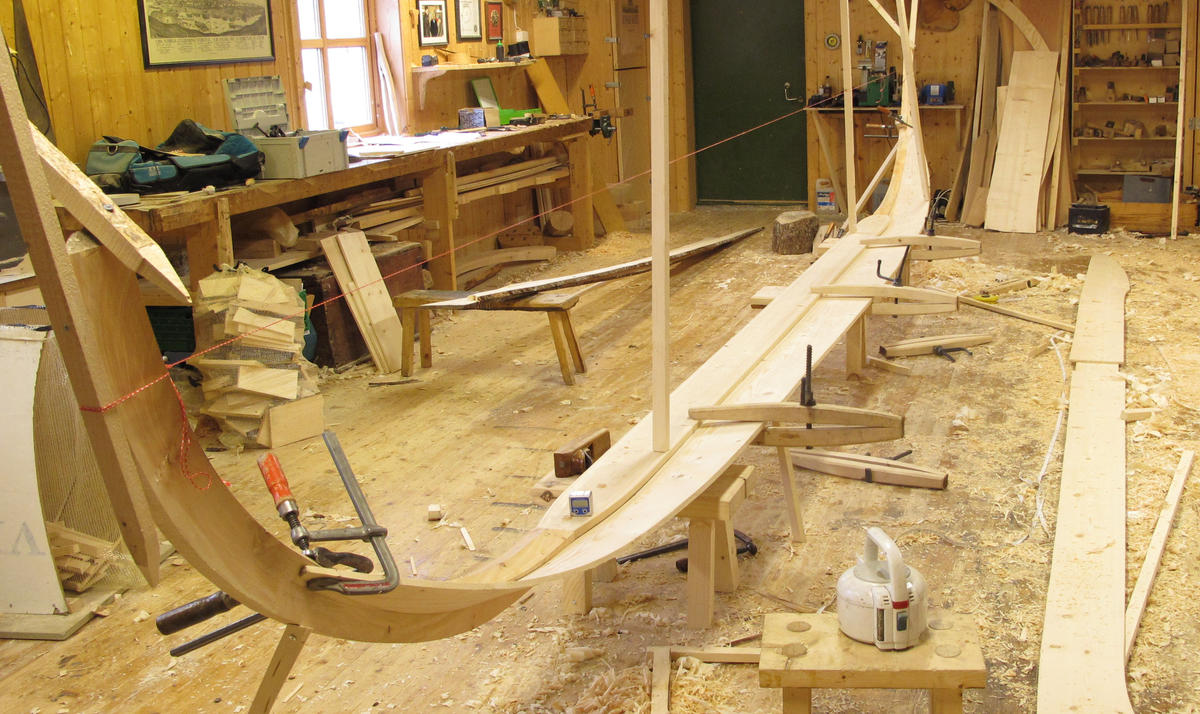 Botnbordet er i ett stykke, på ca 7,5 m. (Foto/Photo)