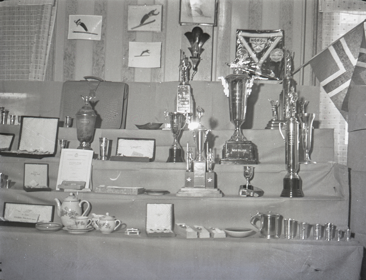 KIF collection of awards