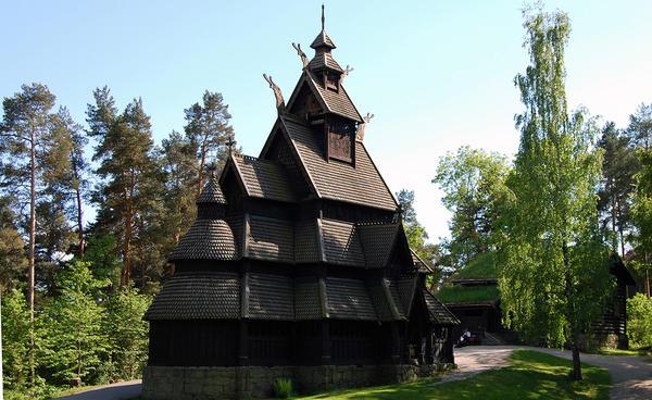 Stavkirke på Norsk Folkemuseum (Foto/Photo)