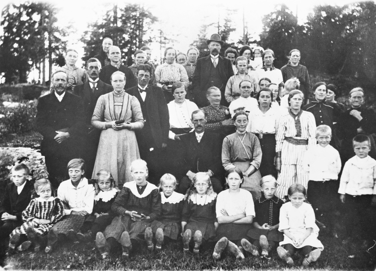 Gruppebilde, ca. 1907