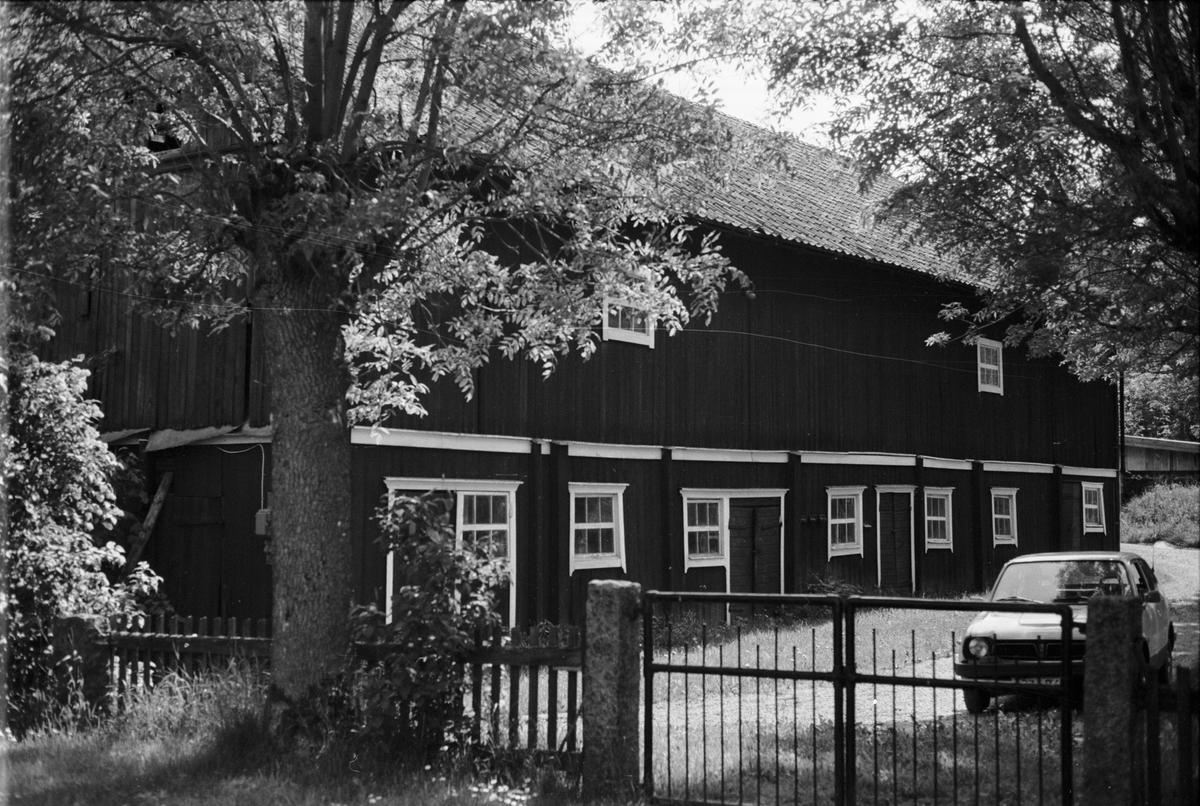 Ladugård, Vässarn 1:2, Tuna socken, Uppland 1987
