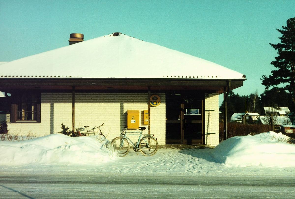 Postkontoret 720 18 Västerås Badelundavägen 10, Hökåsen