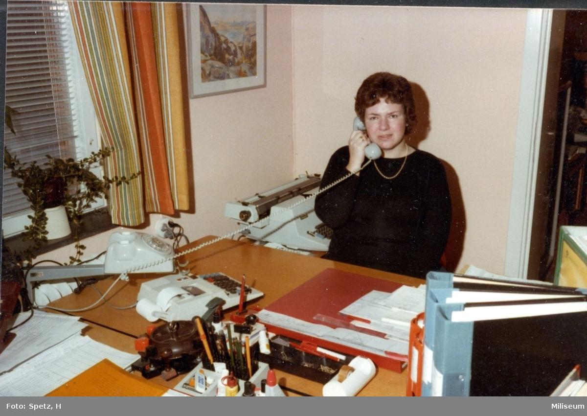 Berg, Margit. Assistent, kameralenheten. A 6.