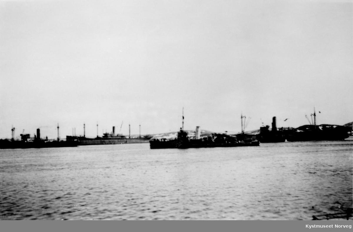Oppankret tysk konvoi i Nærøysundet på Rørvik under 2. verdenskrig