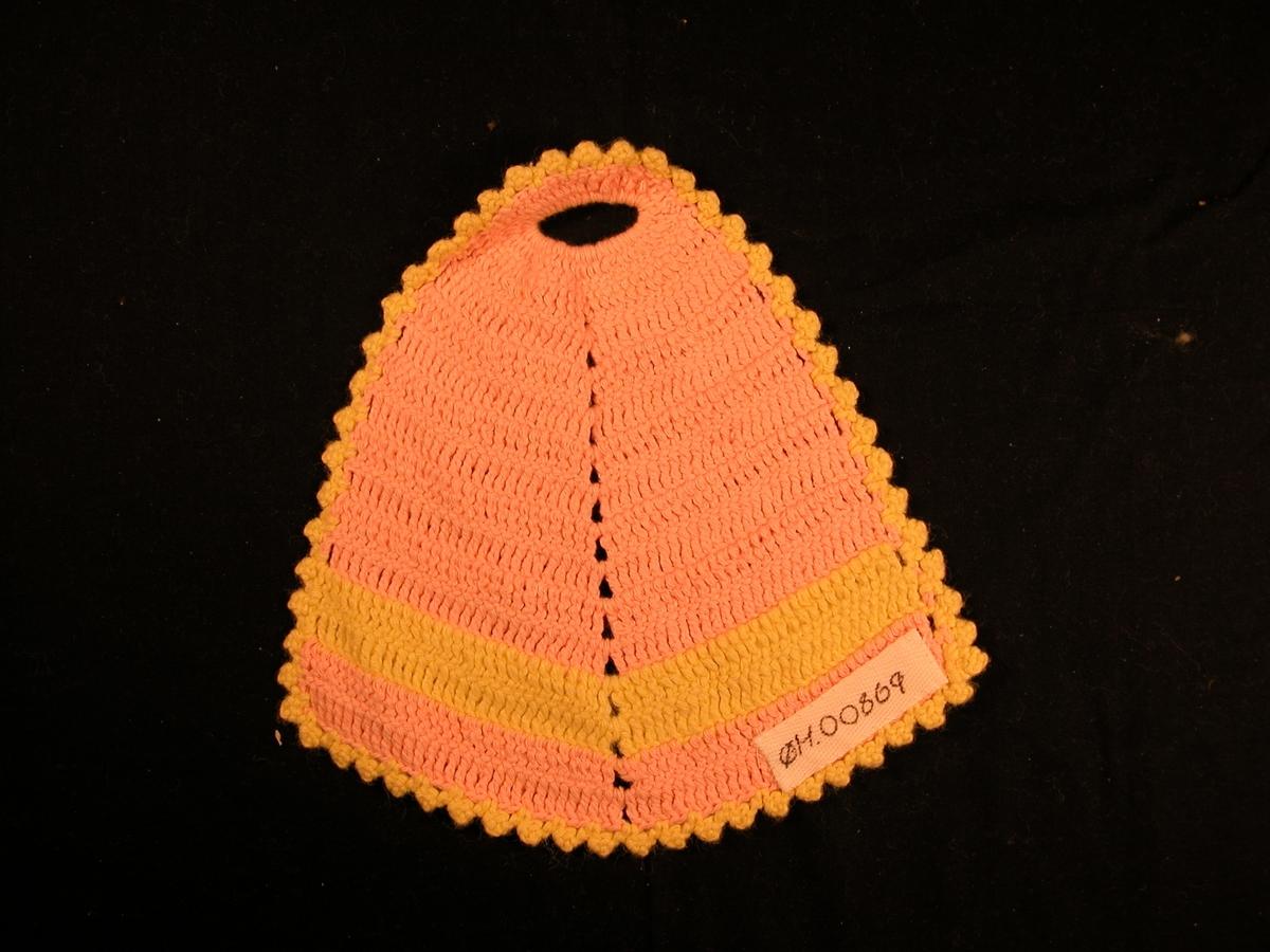 Rosa bakgrunn, men med ei gul stripe nesten nederst . Gul bord rundt.