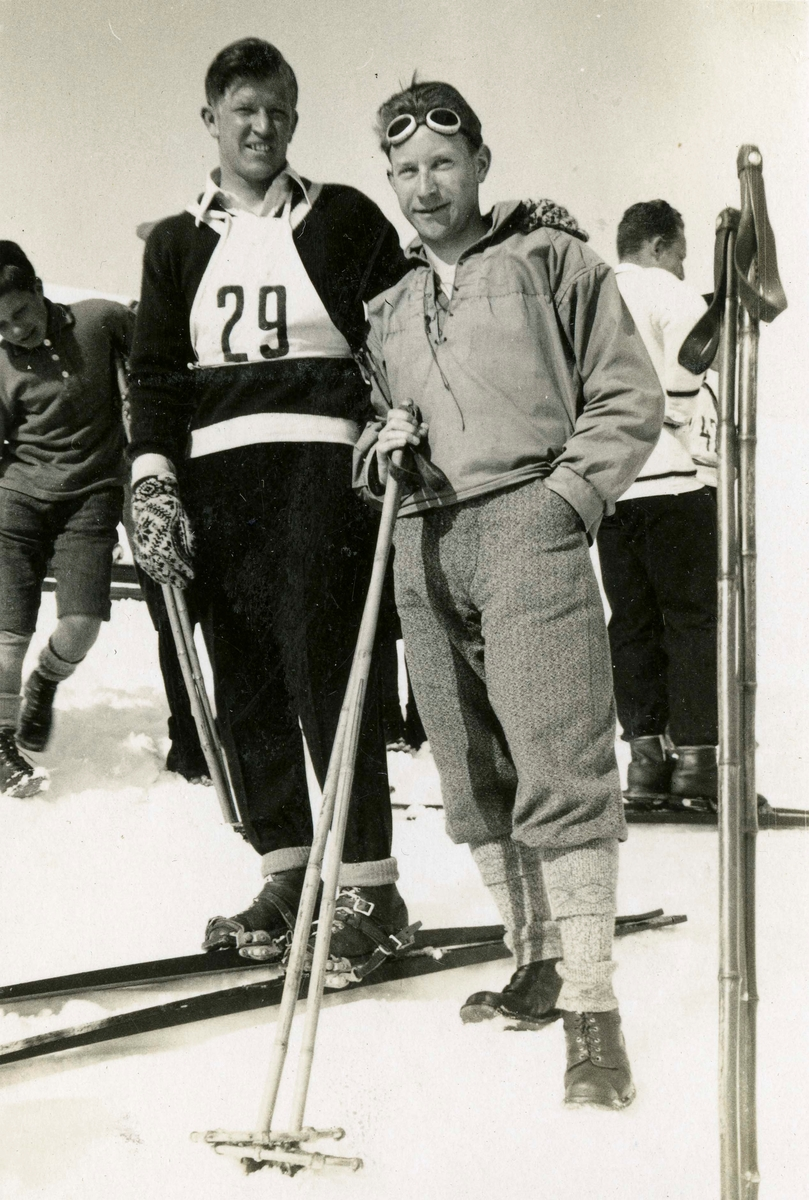 Athlete Birger Ruud with competitor