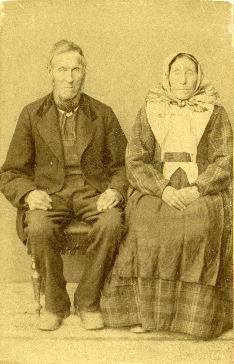 Anne Johannesdatter Lien og Ola Dokken.