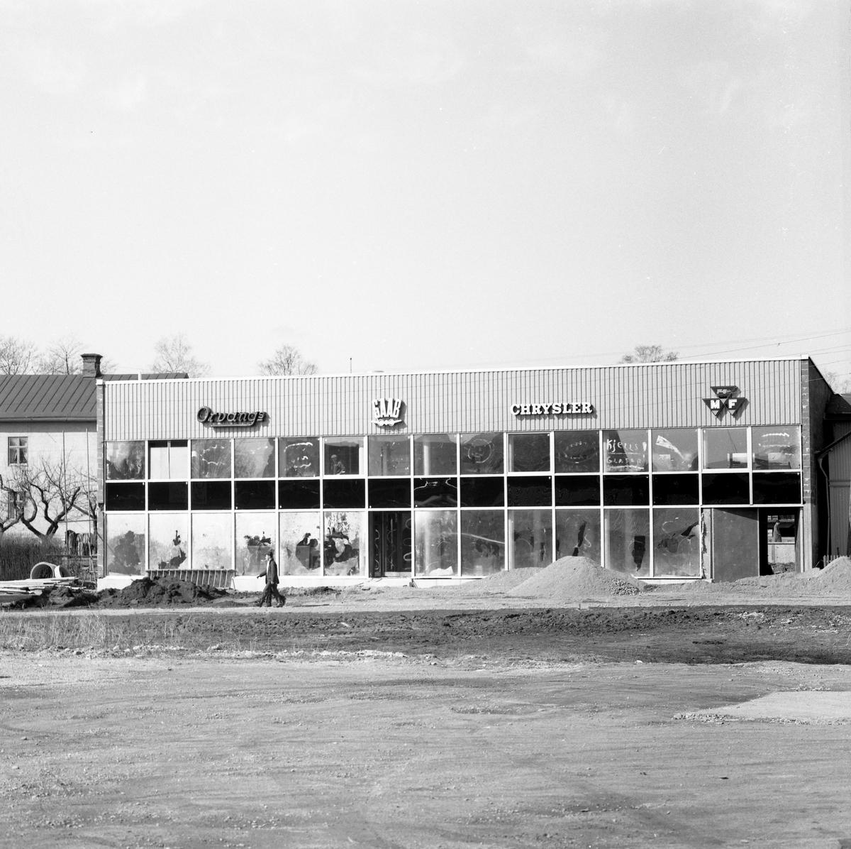 Orvangs Bil AB i Arvika bygger nytt på Palmviksgatan 11 1962.
