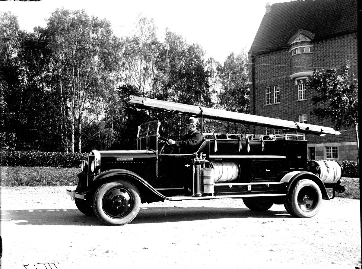 Nya brandbilen. Fotograf: E Sörman.