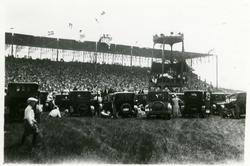 Bildene viser et stevne i Amerika 07.06.1925. Statsråd Ofted