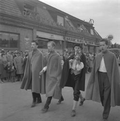 Linnéfestligheterna, 22/5-23/5 1957. Parad längs Storgatan,