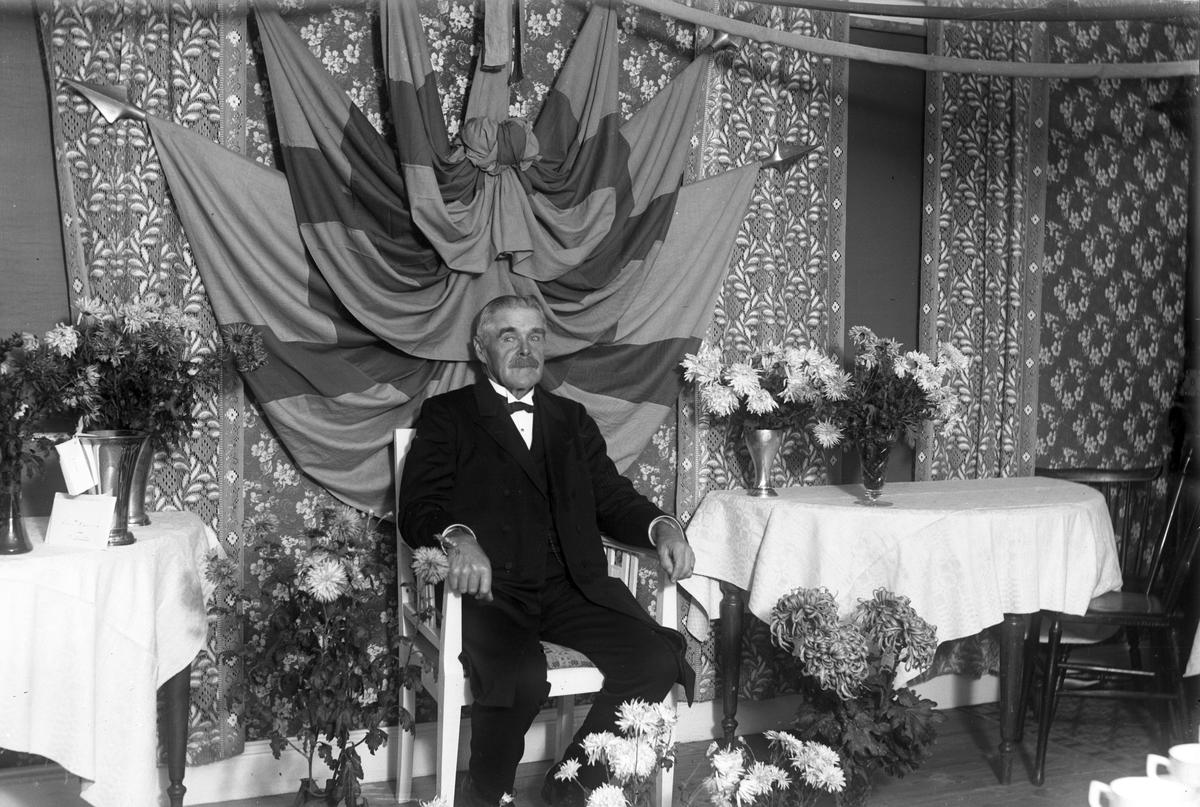 Per Eriksson f. 26 oktober 1859, d. 18 april 1944. Åsmundshyttan nummer 8. (Enok Erikssons far).