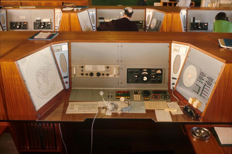 Radio- og kringkastingsstasjoner. Rogaland radio ekspedisjonsplass (Foto/Photo)