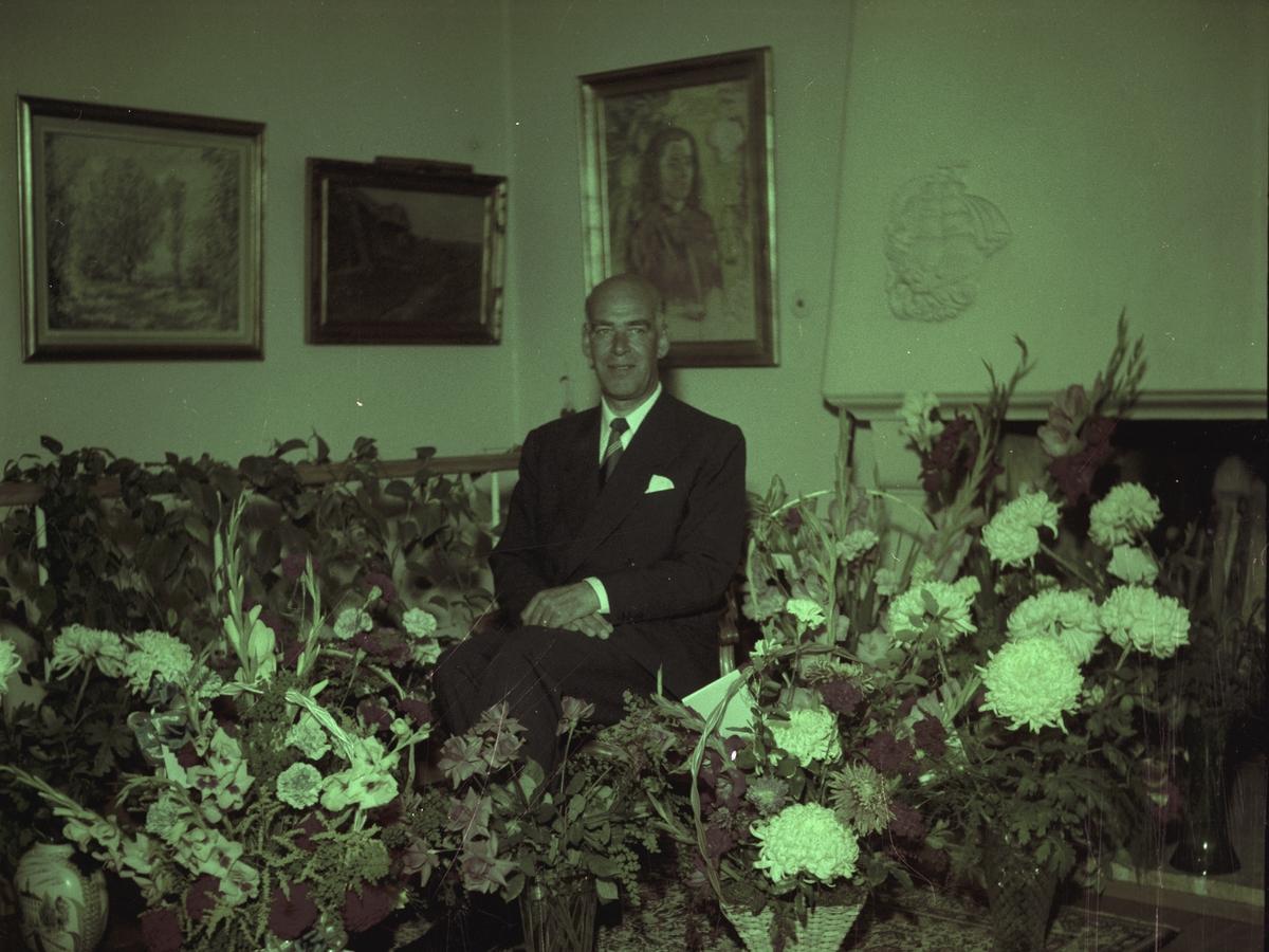 Direktör Sven Adolf Ahlgren på 50 årsdagen.             (Född 23 september 1904 i Gävle). Oktober 1954.