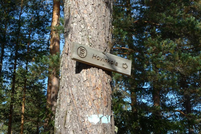 Ringerikes turistforenings turskilt til Hovinkoia i Holleia