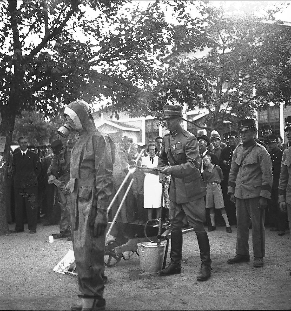 År 1938. Kamratmöte vid Kungsbäck. Reportage för Gefle Dagblad