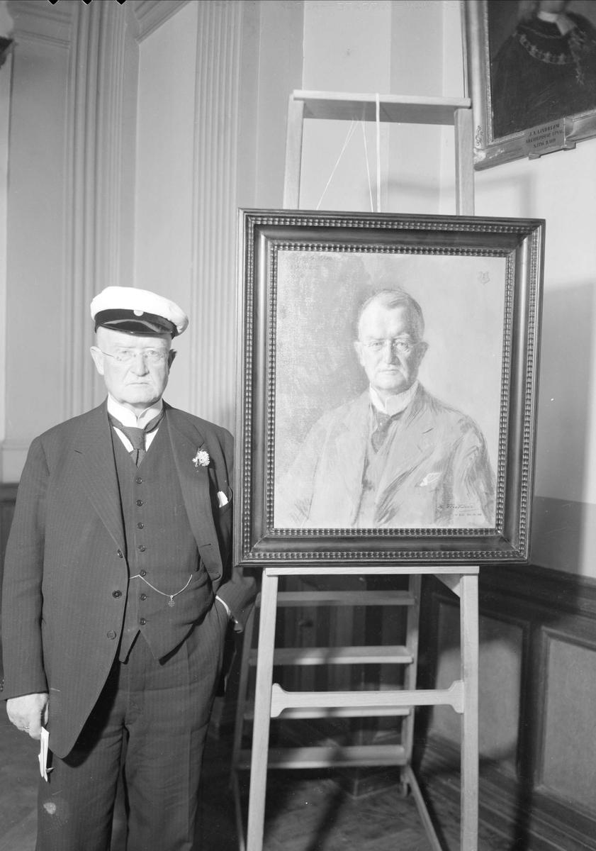 Östgöta nation - Hovpredikant Malmberg med oljemålning, Uppsala 1939