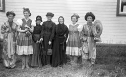 Levanger, Sanitetens' Opptog, barn utkledd i historiske klær