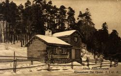 Postkort. Mjøenstuen fra Oppdal i vinterdrakt.  Sør-Trøndela