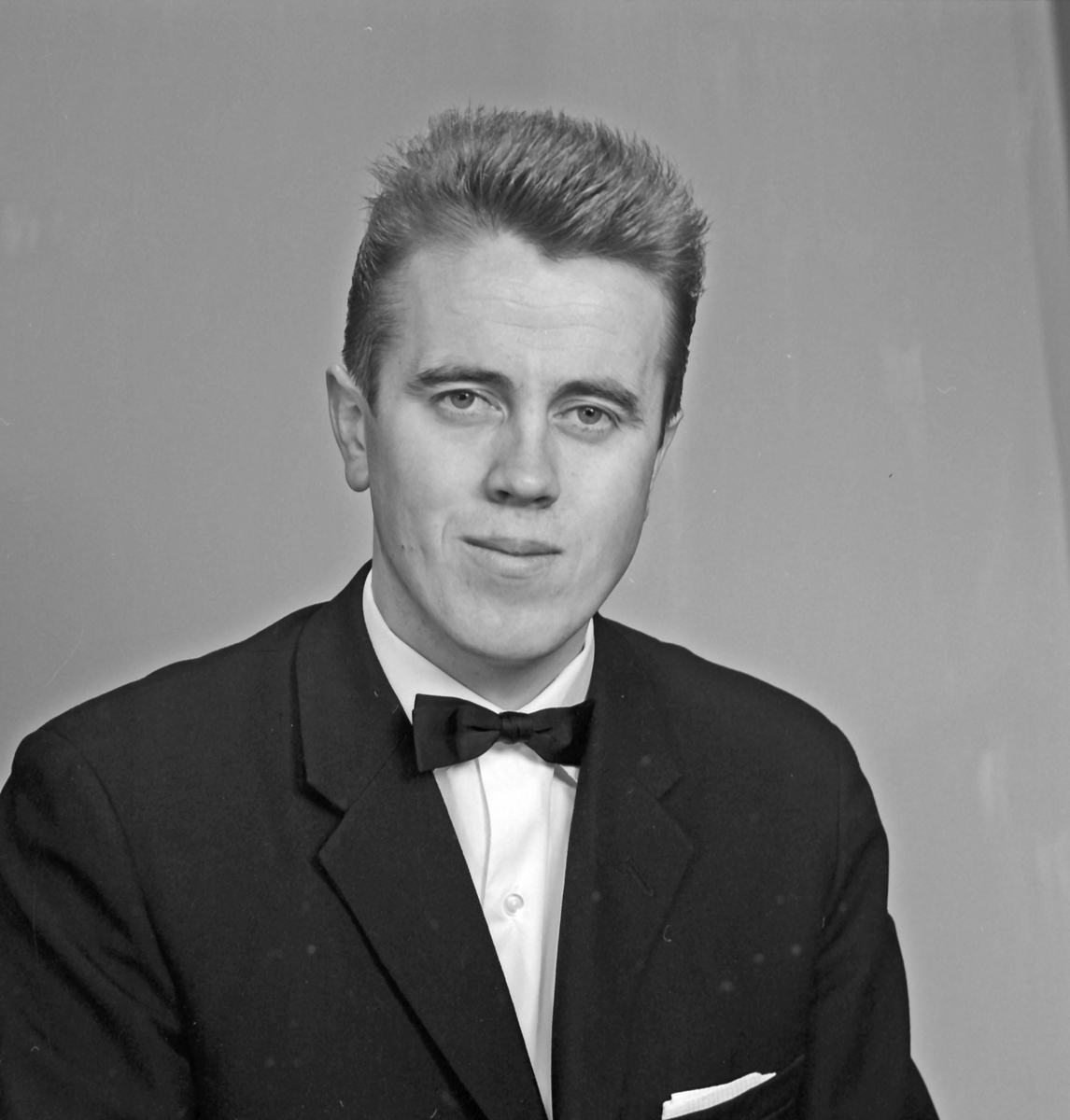 Portrett ung mann - bestiller Lindeland