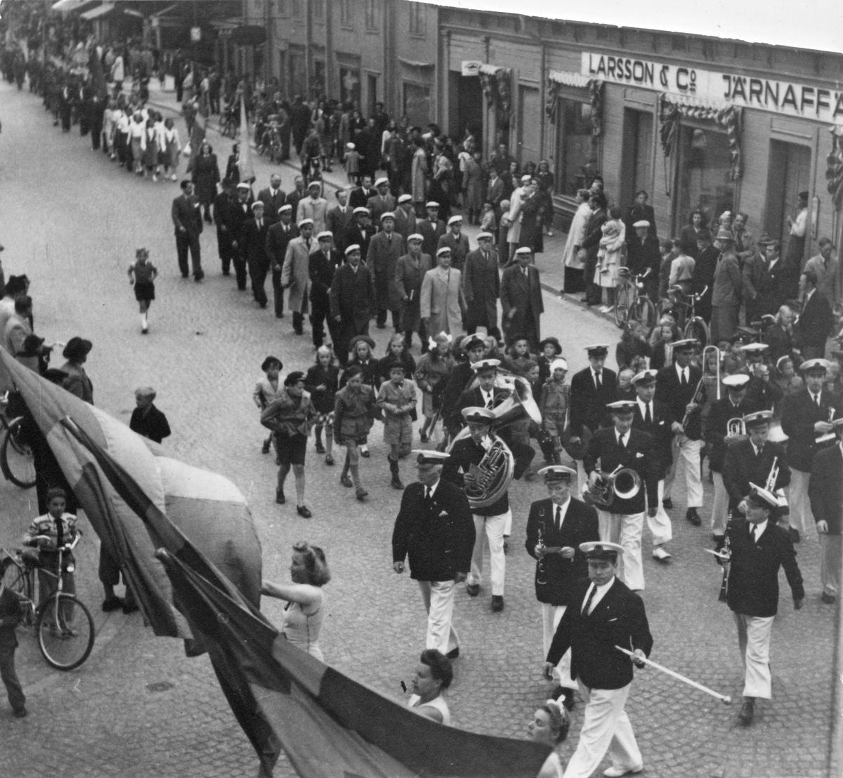 Svenska Flaggans Dag med orkester