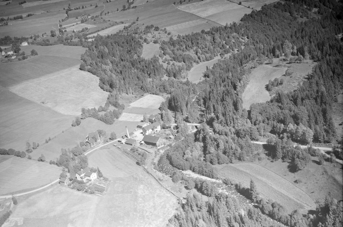 Bruvang, Østre Gausdal, gårdsbruk, landhandleri og ysteri, Gausa elv