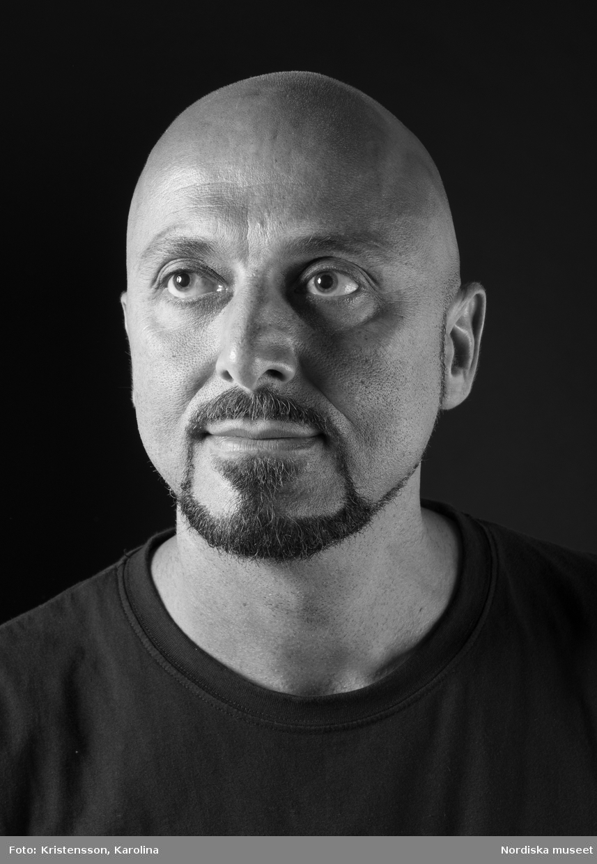 Porträtt Safa Lotfi, tekniker Nordiska museet