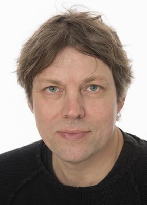 Portrett av fotograf Bård Løken.