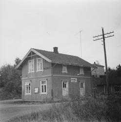 Stasjonsbygningen på Hemnes stasjon på den nedlagte Aurskog-