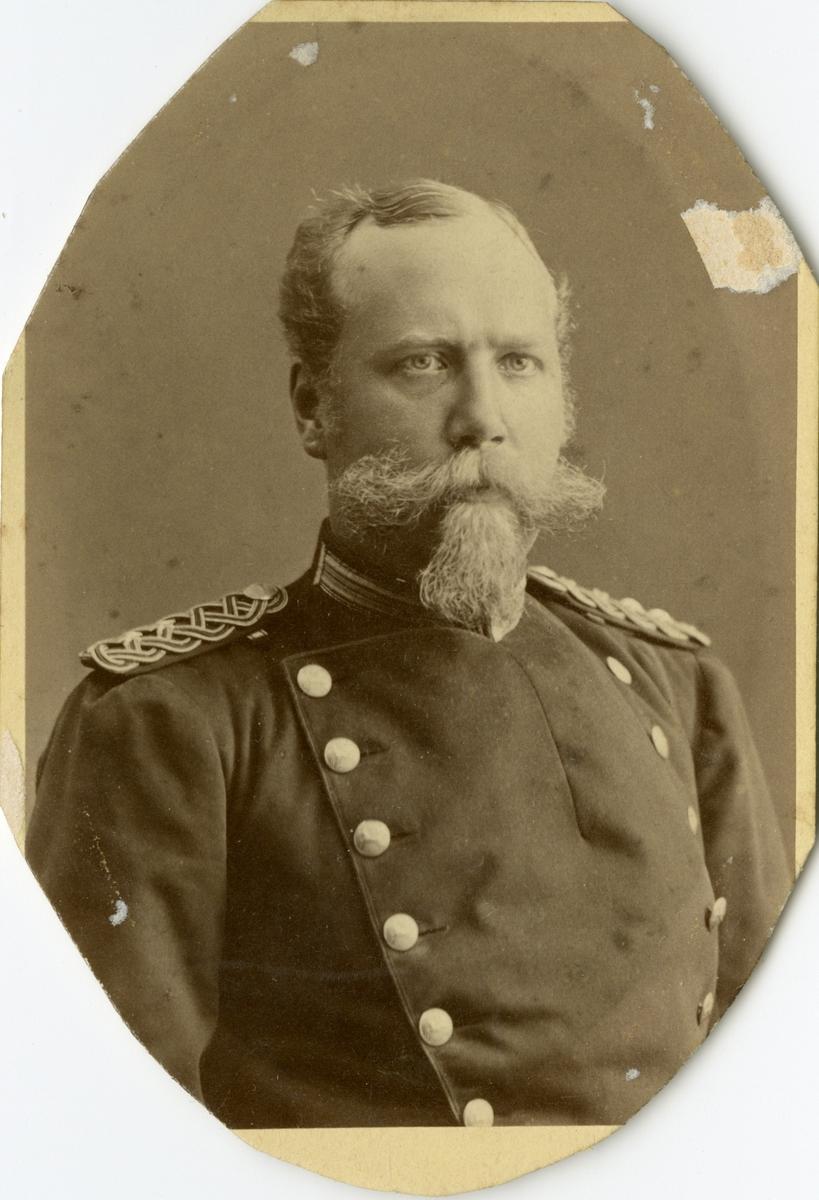 Porträtt av Fredrik Önnert Wahlberg, löjtnant vid Hälsinge regemente I 14. Se även AMA.0009183.