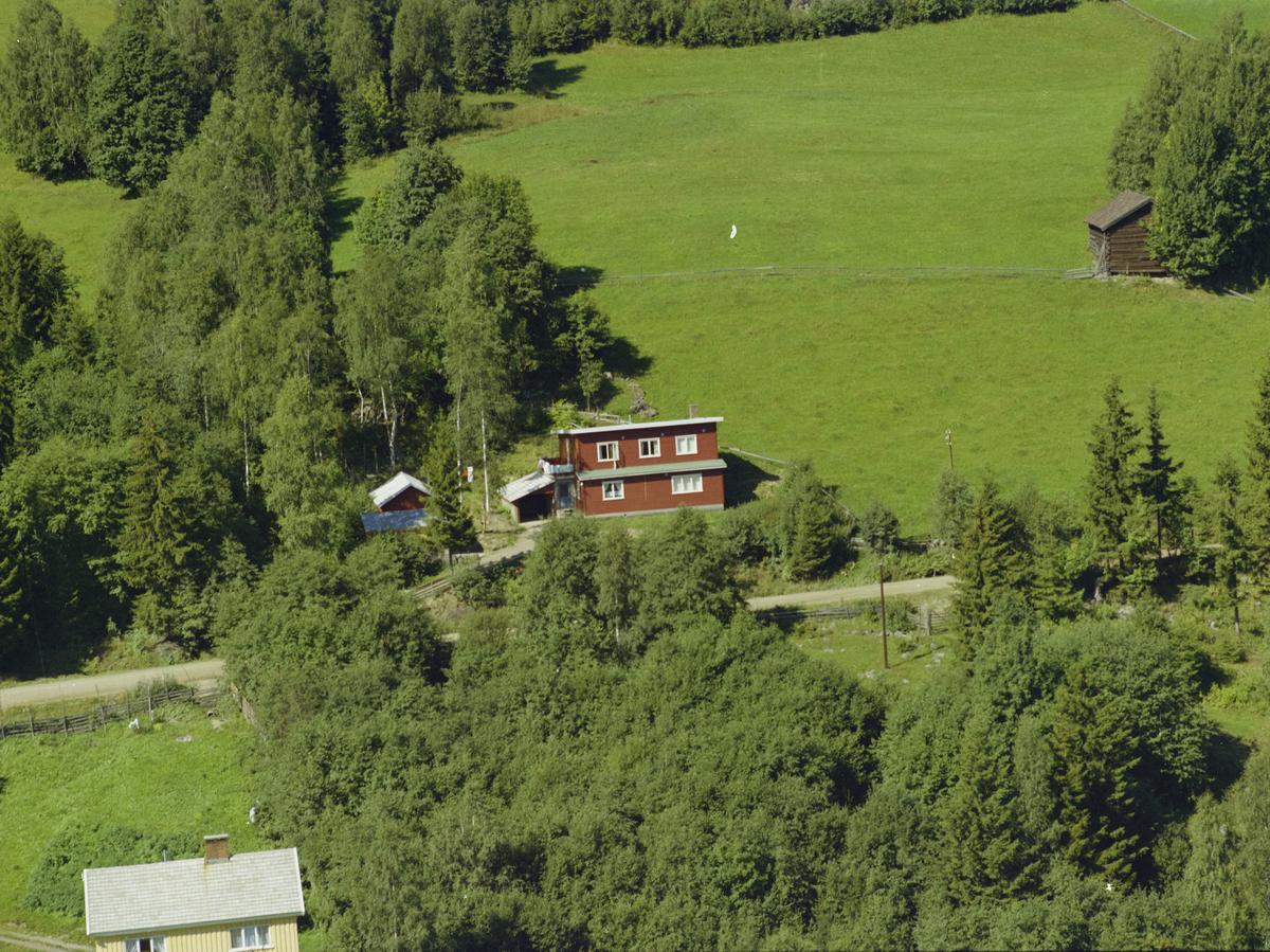 Fåberg, bygninger, kulturlandskap, gårdsbruk, Skoglund.