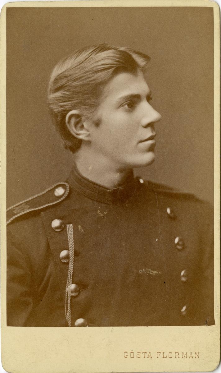 Porträtt av Olaus Laurentius Scherdin, officer vid Västerbottens fältjägarkår.  Se även bild AMA.0008611, AMA.0021738 och AMA.0022085.